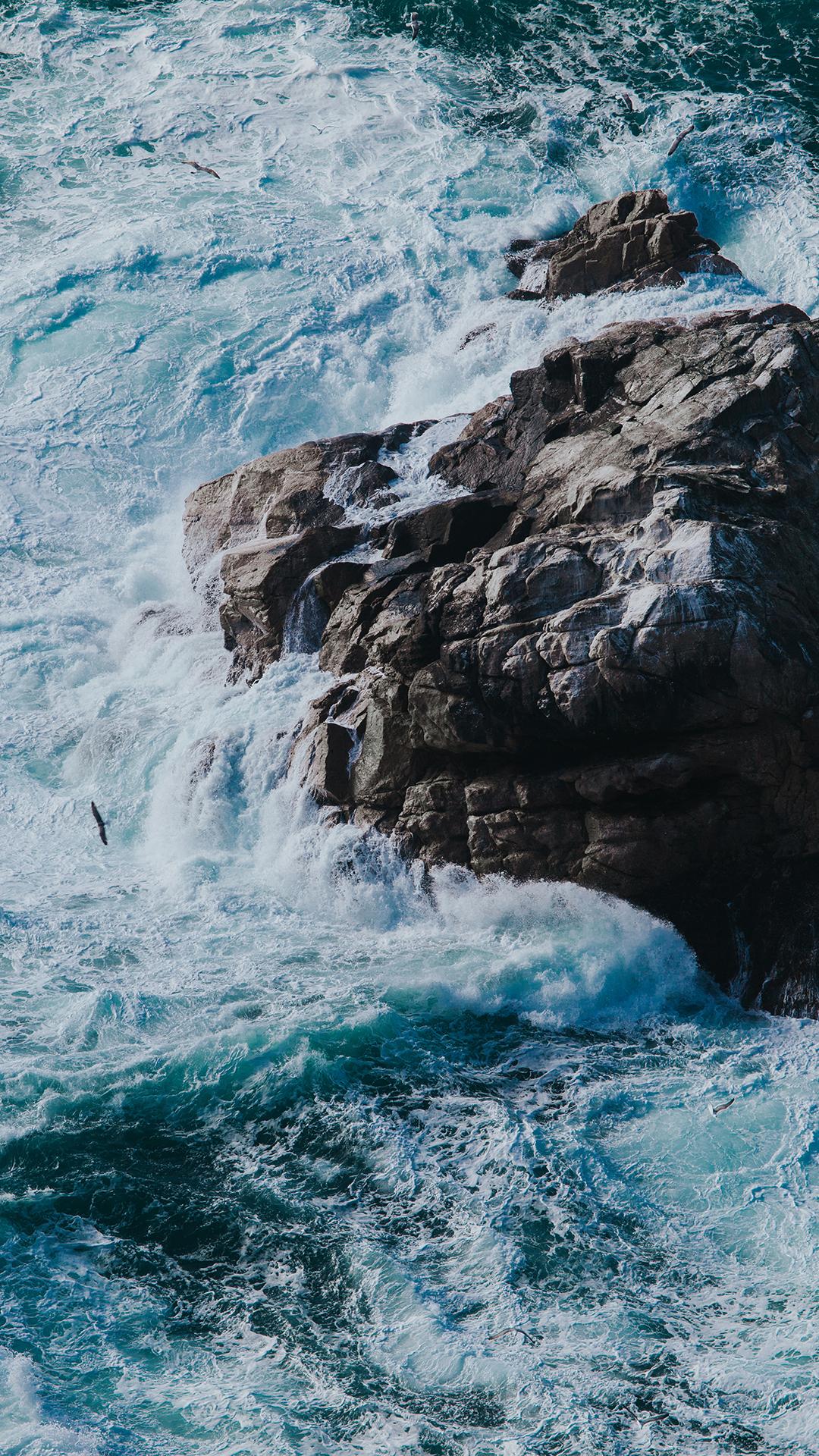 大海 礁石 海浪 风景 苹果手机高清壁纸 1080x1920