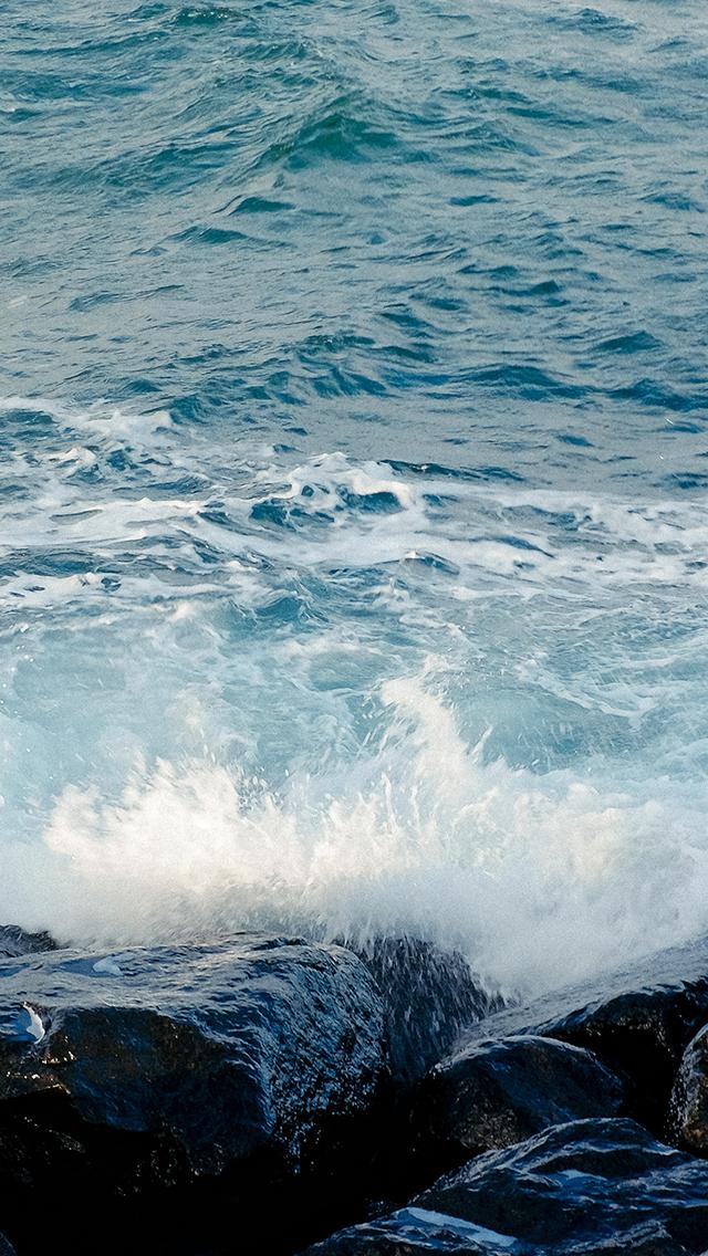 海浪 大海 石头 水花 苹果手机高清壁纸 640x1136