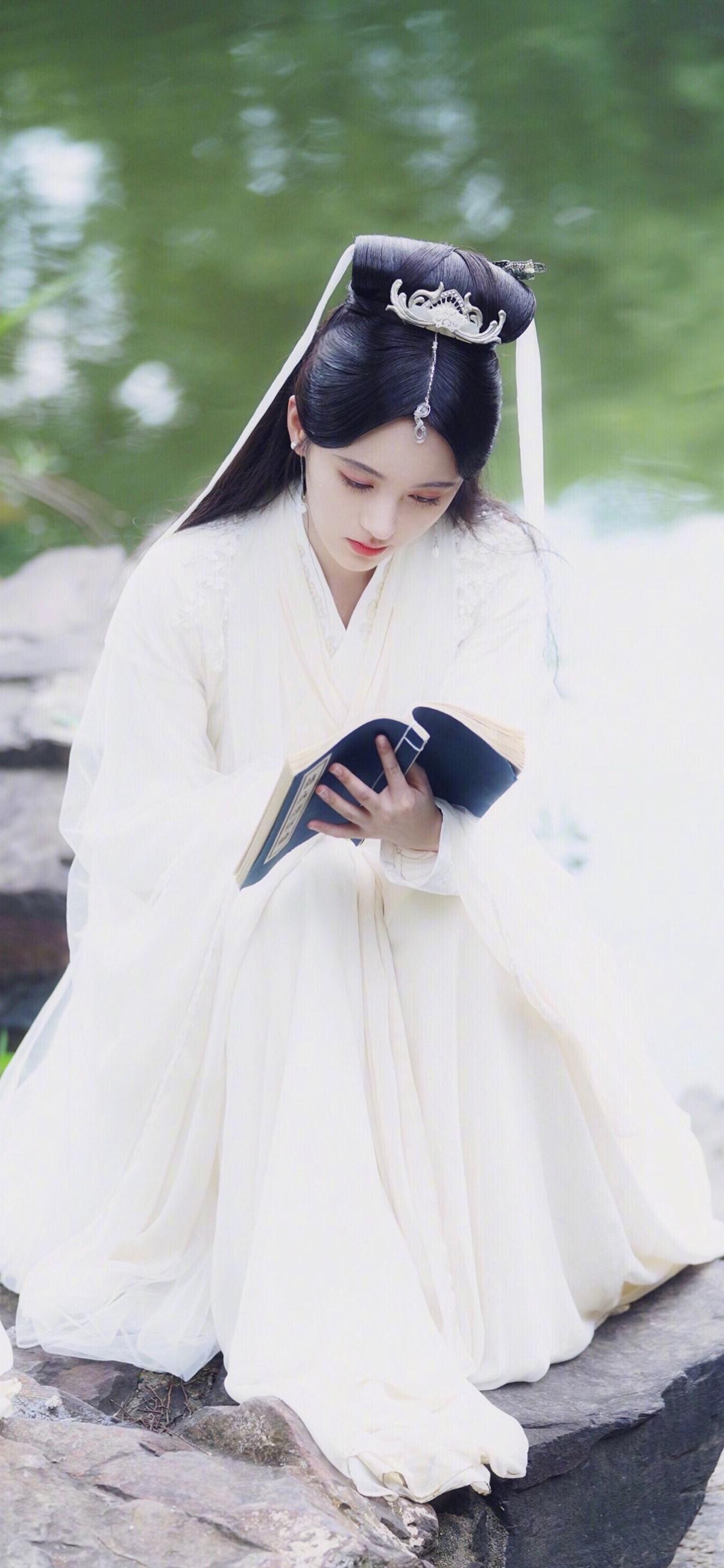新白娘子传奇初心电视剧国产鞠婧白素贞苹果古装剧海报图片