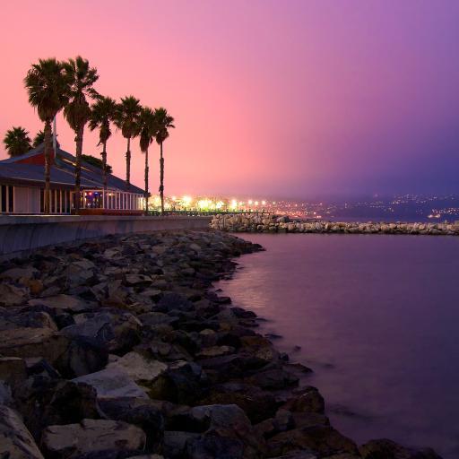 度假村 夜晚 海边 紫色