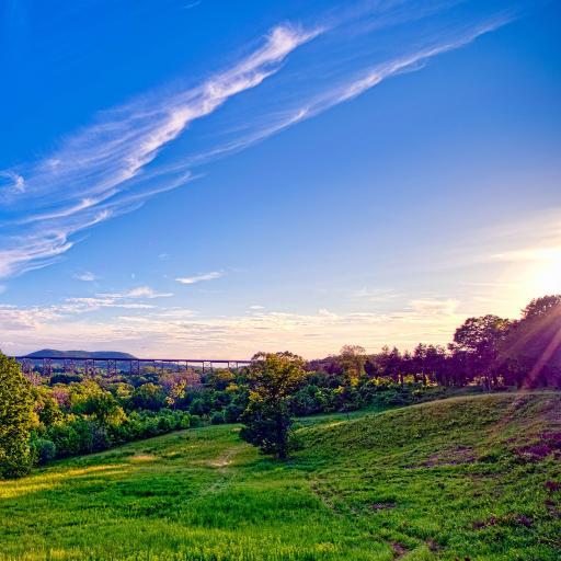 蓝天 白云 草地 天空
