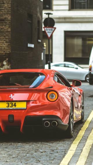 红色 法拉利 跑车