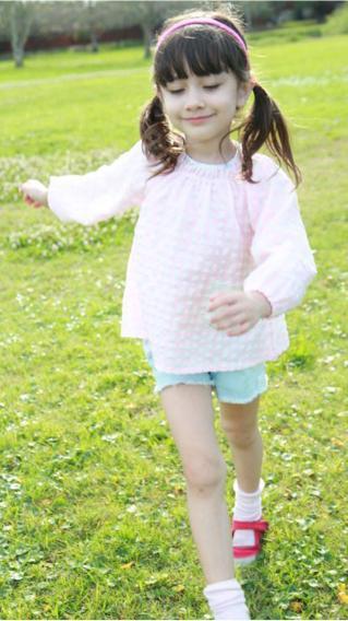 萝莉 小女孩 萌娃 户外 草地