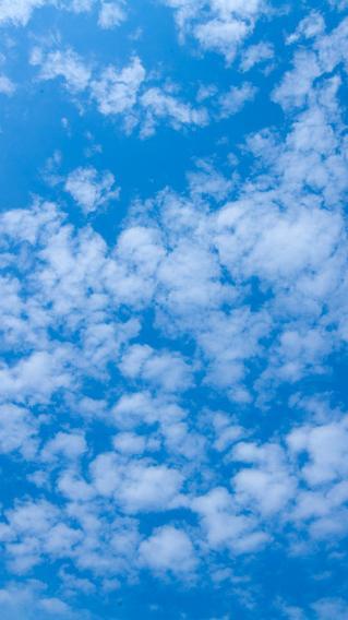 蓝色天空 云朵