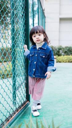 哈琳 萌娃 可爱 户外运动场