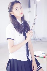 甜美少女 关晓彤 清新学生装
