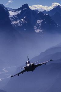 战斗机 军事 天空 雪山 飞行 航空