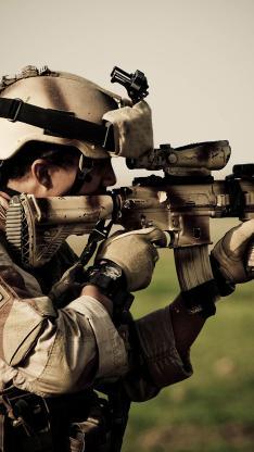 军人 射击 枪械 枪支 装备