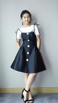 张子枫 美女 演员 小礼裙