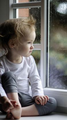 窗边 小男孩 欧美 可爱 萌 儿童