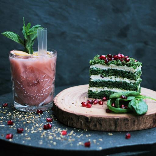 绿茶蛋糕 石榴 薄荷 果汁饮品