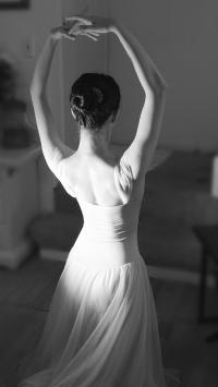 芭蕾 背影 女孩 黑白 唯美 舞蹈