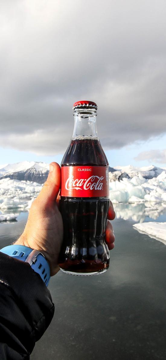 可口可乐 饮料 汽水 冰川 手