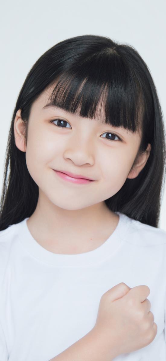 伊琳 小女孩 小美女 微笑 童星