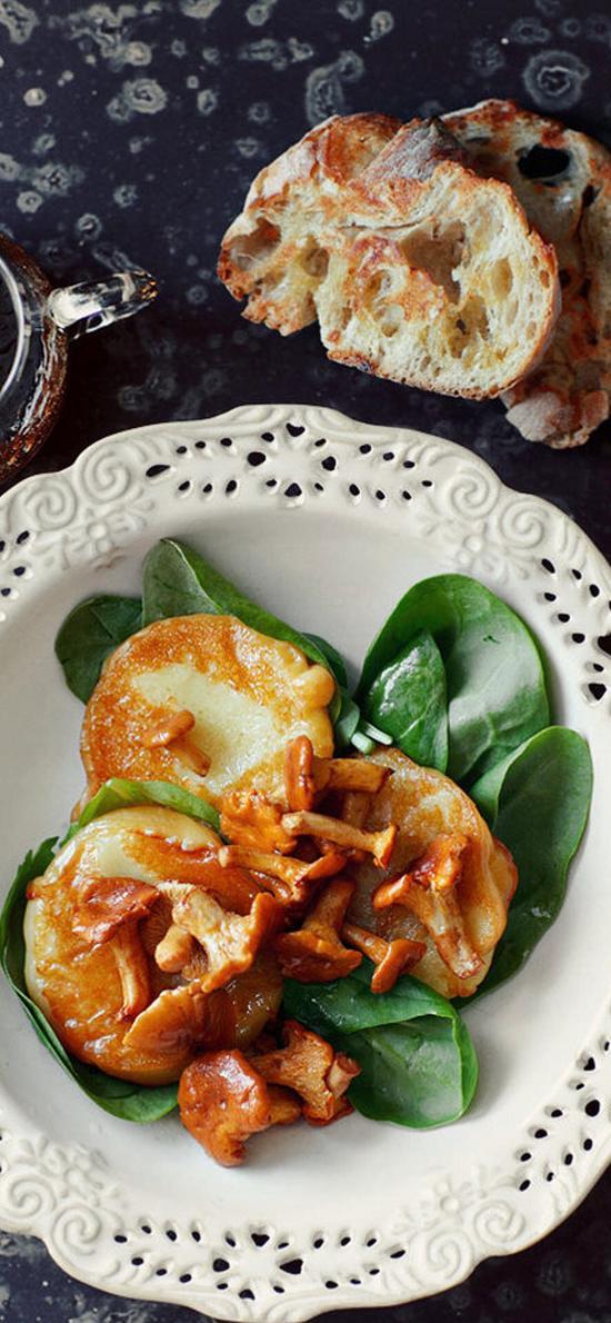 烹饪 小蘑菇 面包 蔬菜
