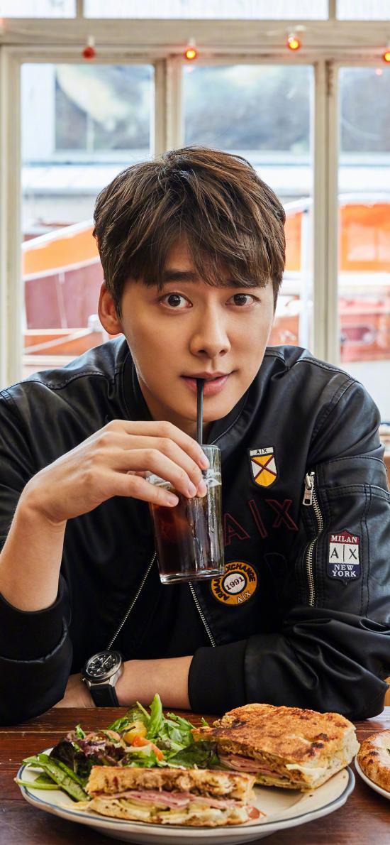 李易峰 演员 歌手 食物 明星