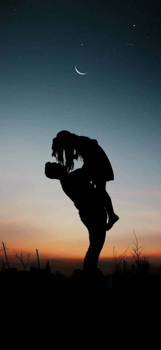 情侣 爱情 剪影 月亮 拥抱