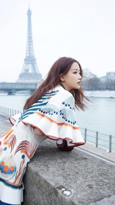 杨怡 演员 明星 艺人 法国巴黎 时尚