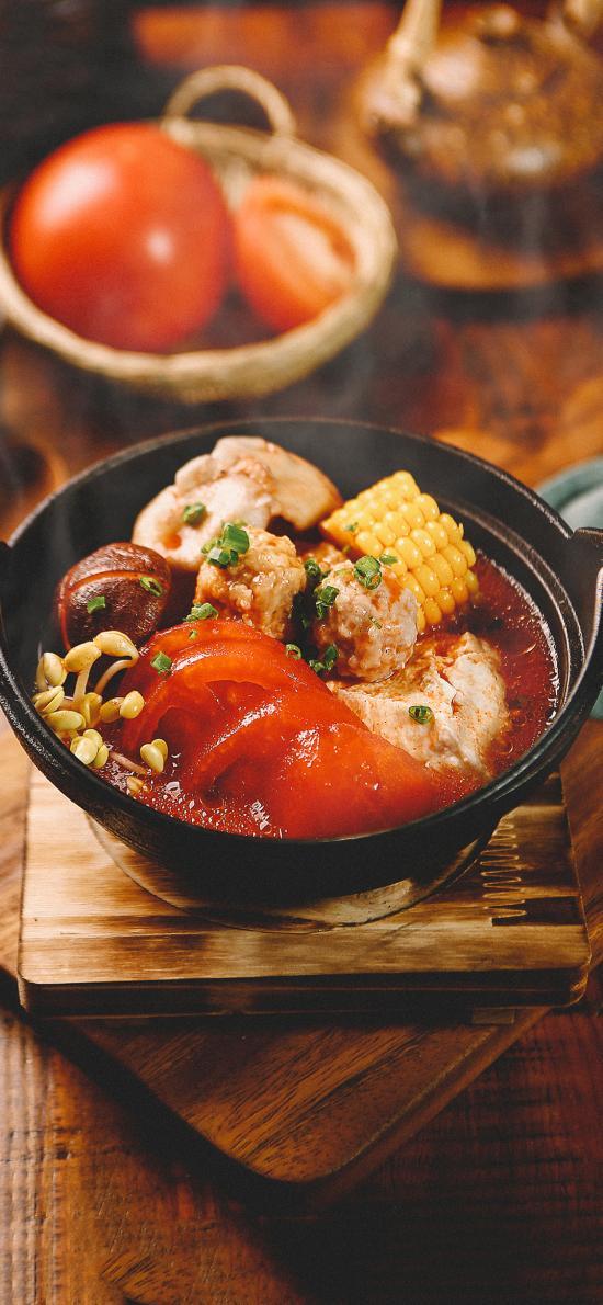 餐点 西红柿 玉米 丸子 蘑菇