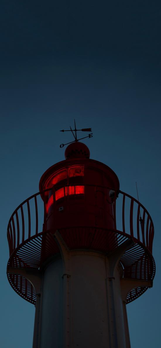 灯塔 夜晚 昏暗 指引