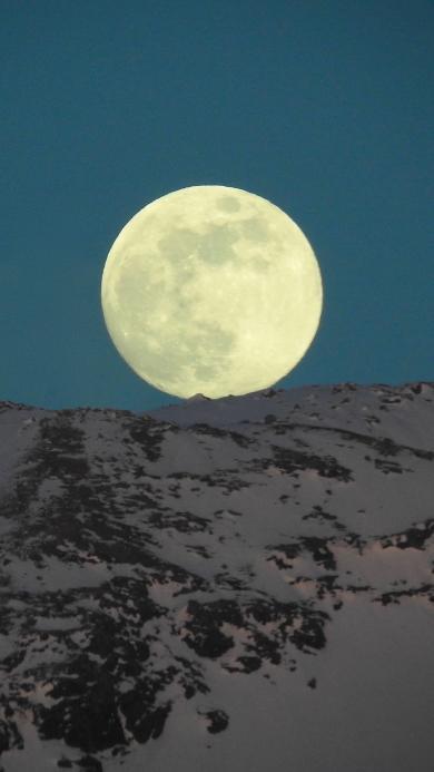 夜景 山峰 月亮 照明