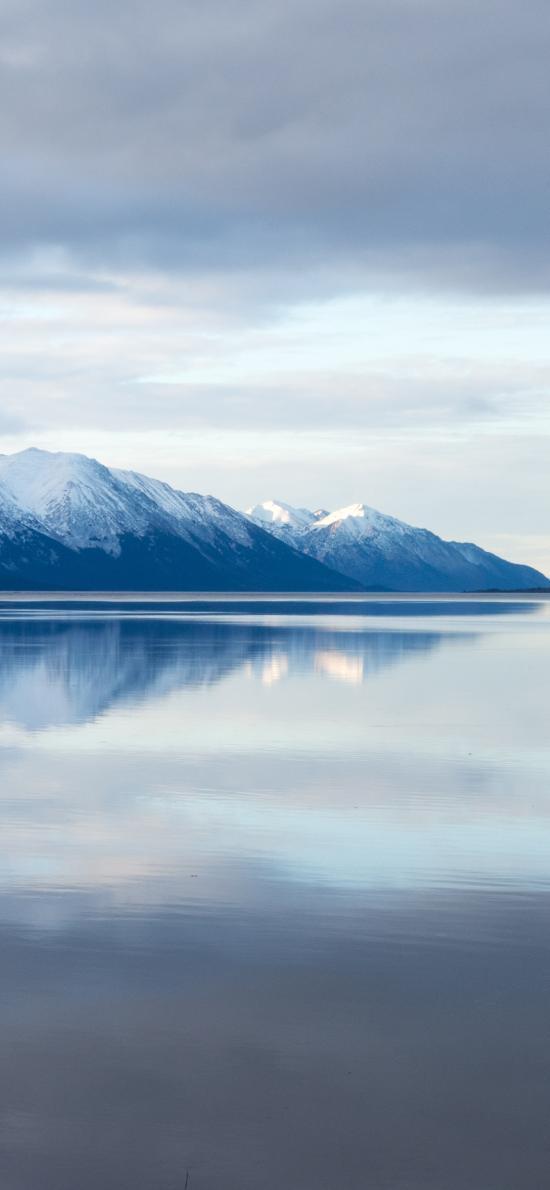 湖水 倒影 雪山 大自然 对称