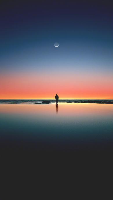 海 渐变 月亮 傍晚