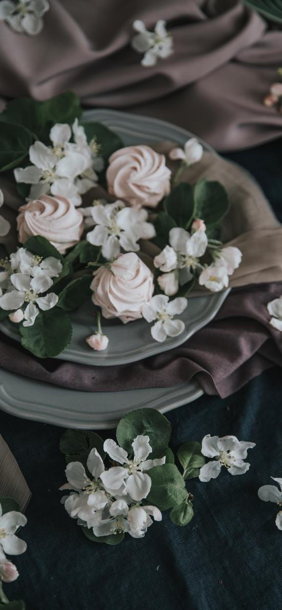 点心 甜品 奶油 小花 花瓣