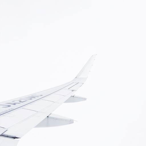 航空 机翼 飞行 云雾