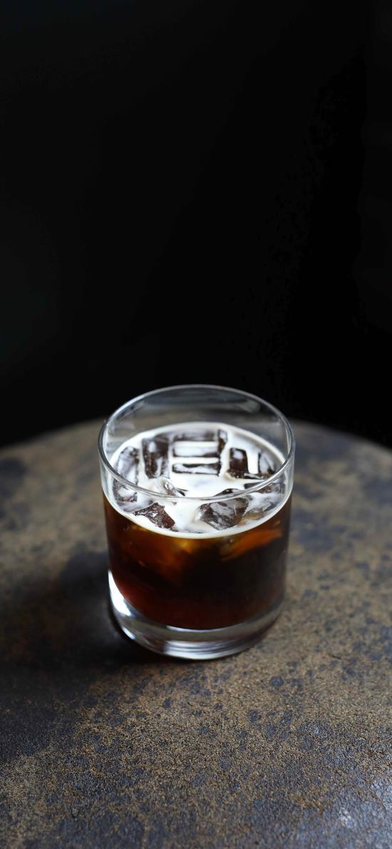 咖啡 冰块 玻璃杯 酒精 饮品