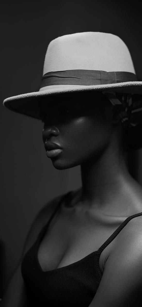 黑人 帽子 侧身 肤色 黑白
