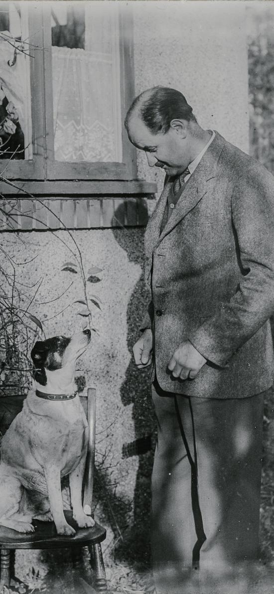 老照片 怀旧 欧美 大叔与狗