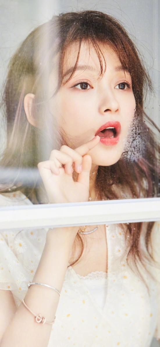 孙怡 演员 明星 艺人 窗户 玻璃