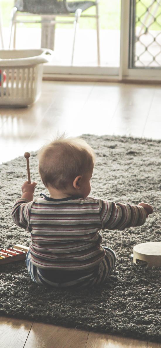 背影 小男孩 宝宝 可爱 玩具 欧美