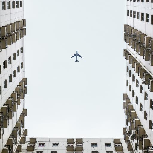 建筑 高楼大厦 飞机 飞行
