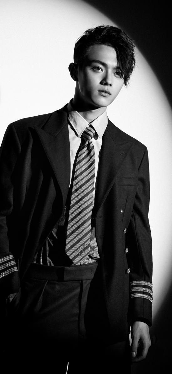 许凯 演员 明星 艺人 黑白写真