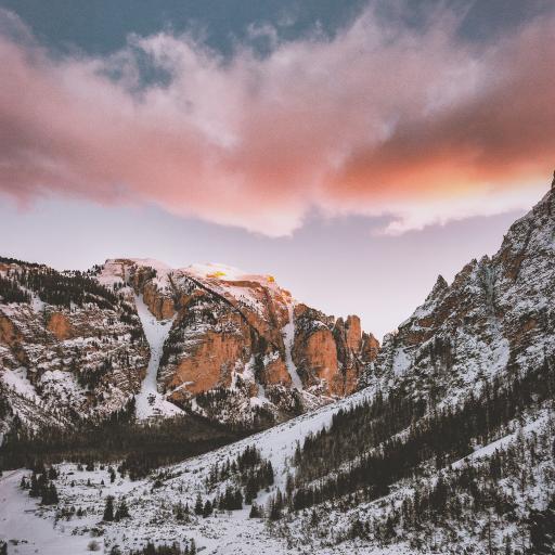 天空 云层 山峰 白雪覆盖