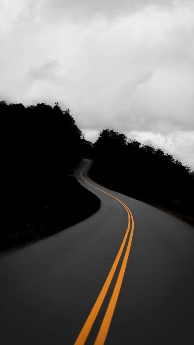 公路 双黄线 昏暗 道路