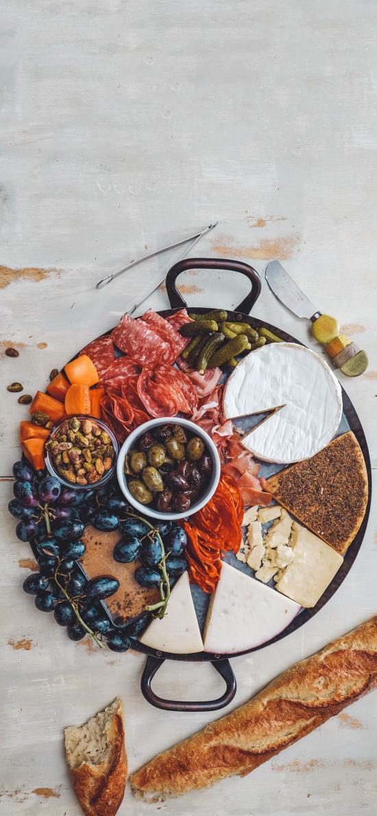 美食拼盘 葡萄 橄榄 奶酪 培根