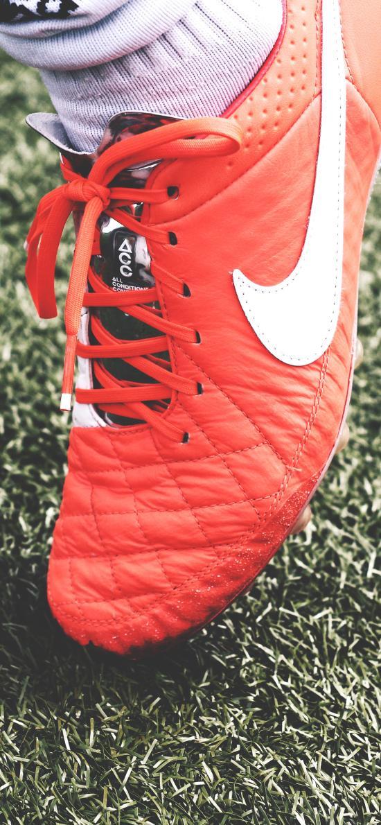 球鞋 钉鞋 运动鞋 草坪 球场