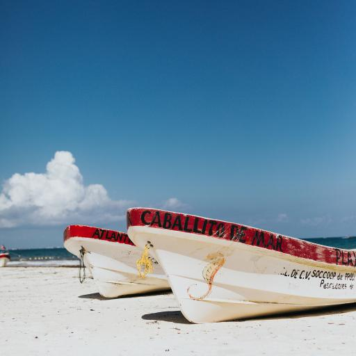 船只 海岸 沙滩 蓝天