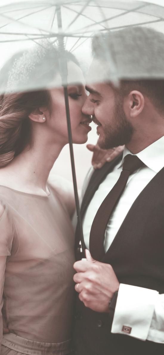 欧美 情侣 爱情 拥吻 雨伞