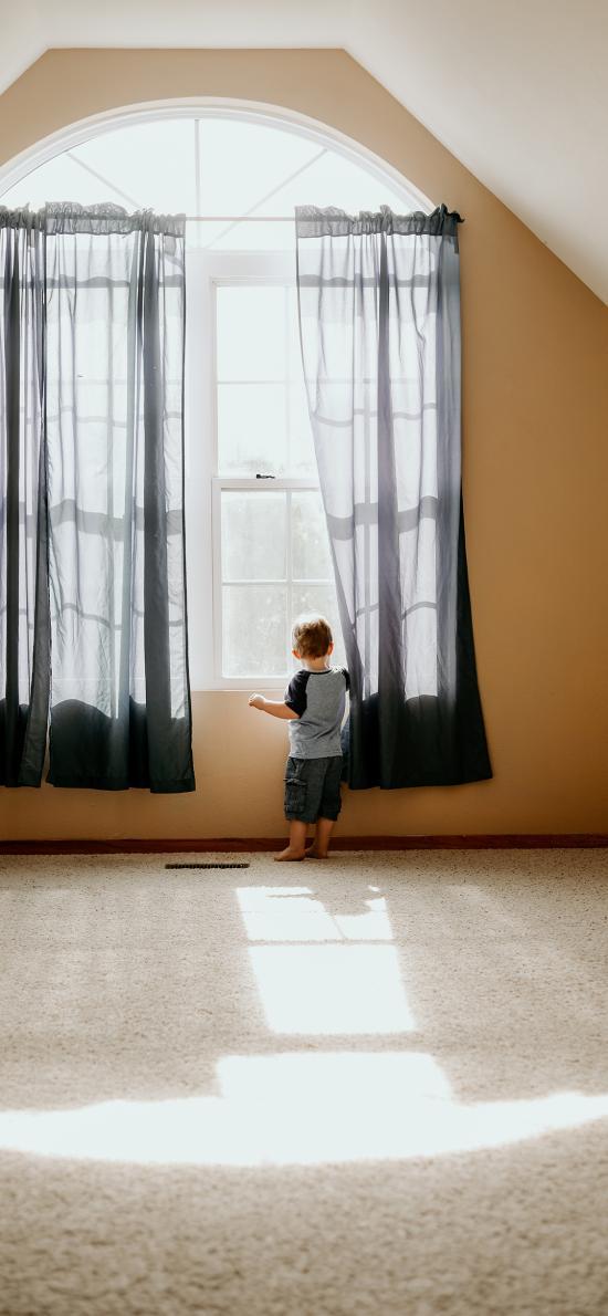 背影 小男孩 儿童 窗边
