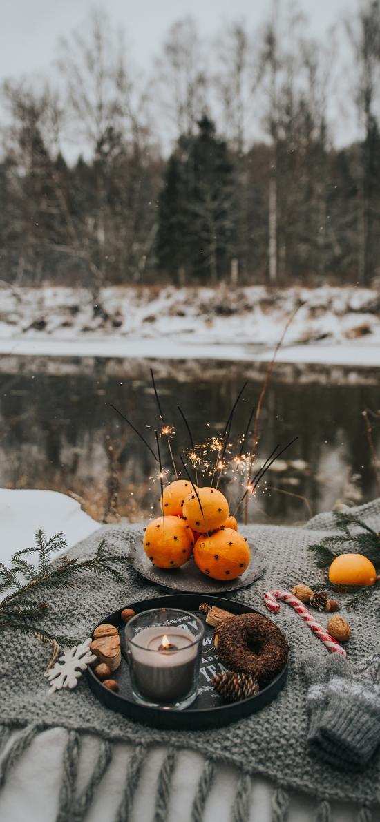 圣诞 橙 甜甜圈 蜡烛 烟花棒 氛围