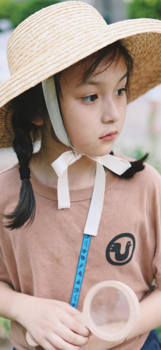 刘楚恬 小葡萄 小女孩 童星 草帽