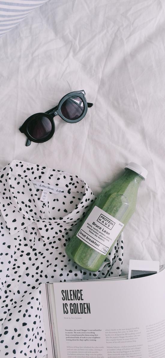 蔬菜汁 饮品 健康 杂志 墨镜