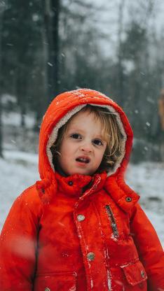 小孩 表情 雪地 户外 欧美