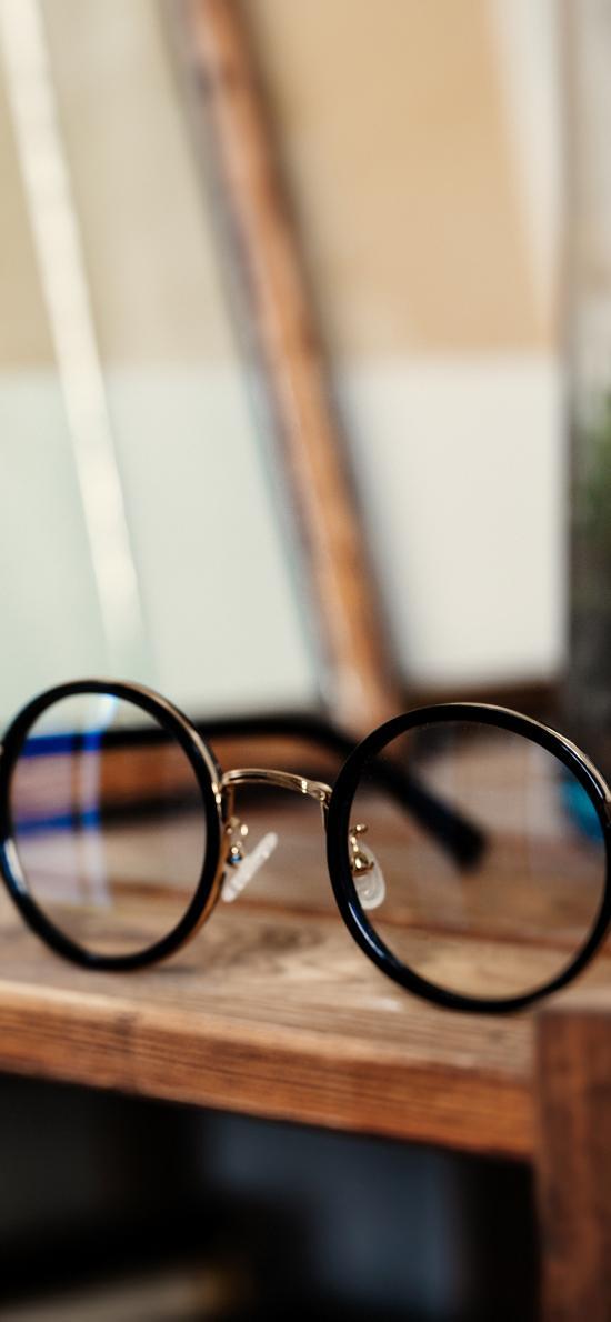 眼镜 镜框 静物 木桌