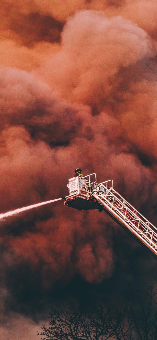 烟雾 消防 演练 喷水