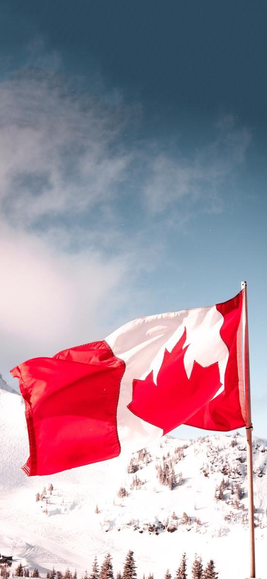 山峰 雪景 枫叶旗 加拿大国旗 象征
